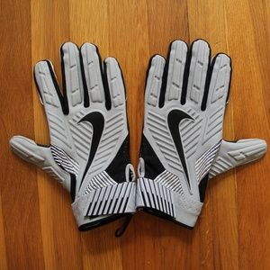 NEW Nike D-Tack 5 Lineman Football Gloves 3XL